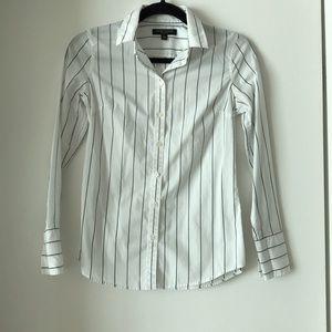 Banana Republic gray pin stripe white shirt